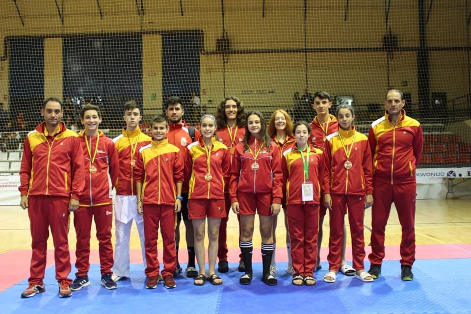 2 oros, 2 platas y 2 bronces, segundos por equipos en junior masculino, en el III Open Internacional Don Quijote